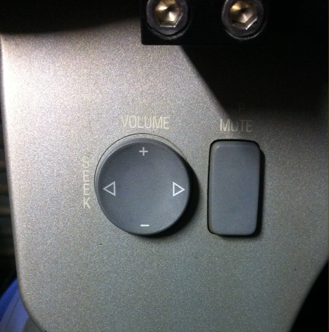 2004 K1200lt Stereo Replacement With Handlebar Controls Intact