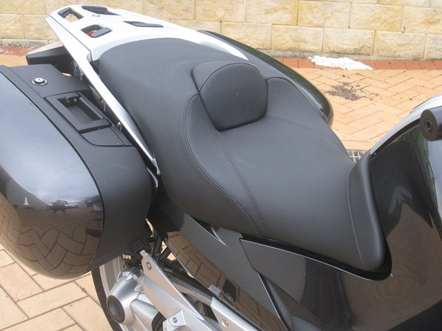 comfort seat for r1200rt: thought good or bad - bmw luxury touring