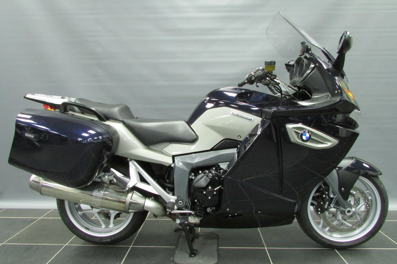 Considering changing to a K1300 Gt-k1.jpg