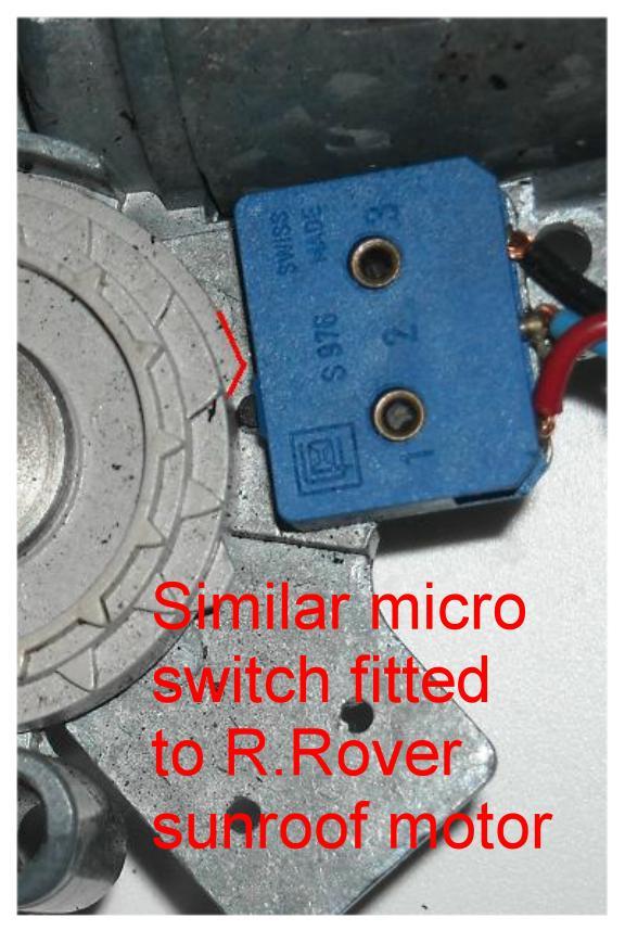 Anyone help decipher powerscreen wiring 1995 RT?-rr-roof-motor.jpg